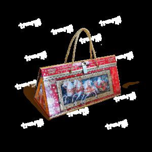 Треугольная коробка «Праздник»